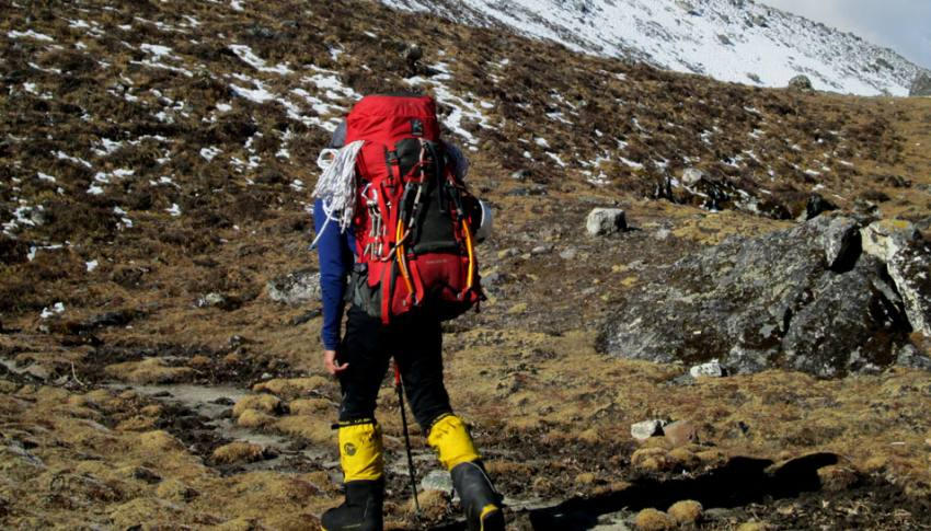 Going to climbing Amadablung